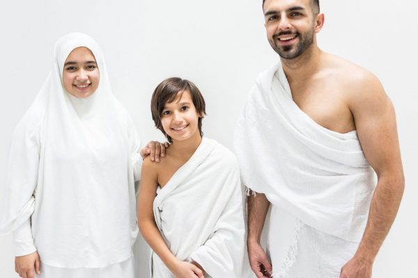 Clothes-for-Hajj-1024x849